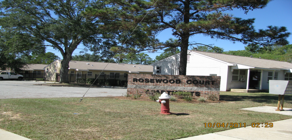 Rosewood Court Sign
